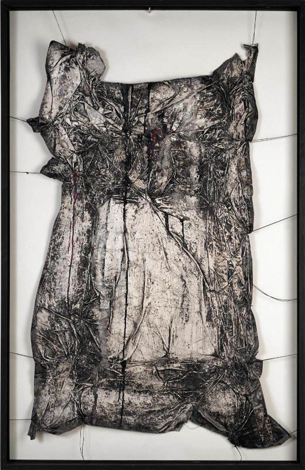 """""""Surface d'Empaquetage"""", 1958 de CHRISTO et JEANNE-CLAUDE - Courtesy Centre Pompidou"""