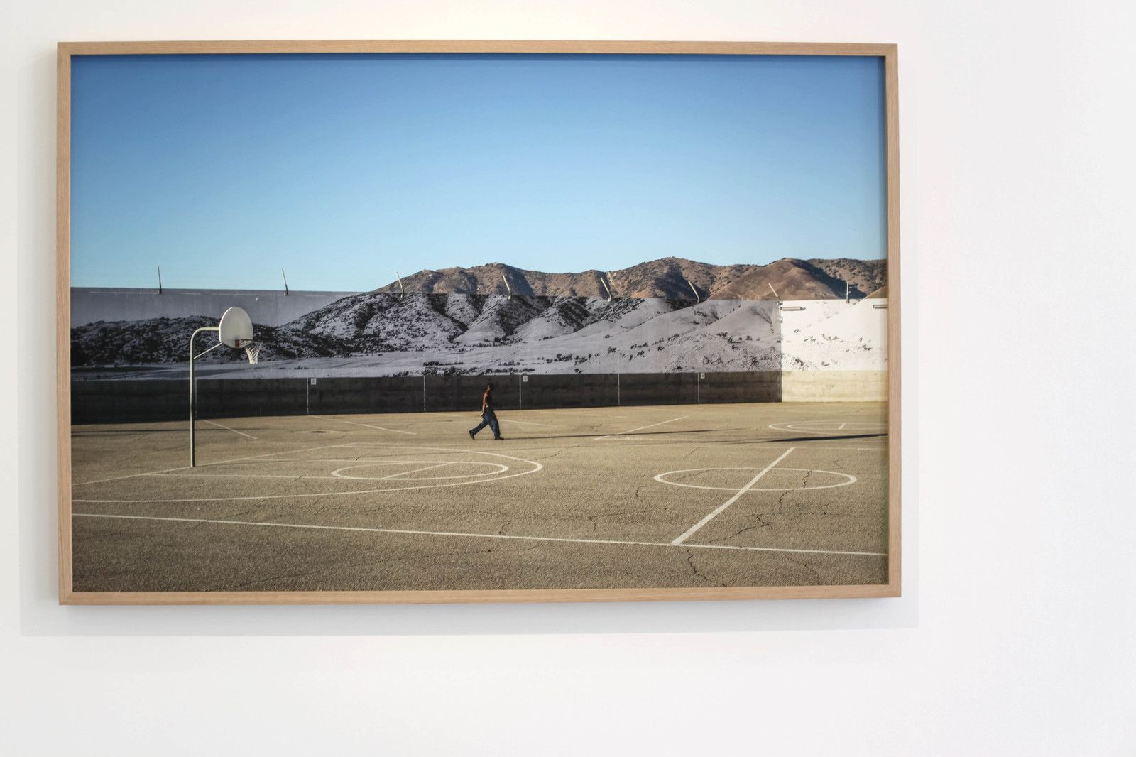 """Tehachapi, Mountain, February 6, 2020, 5.29p.m., U.S.A."", 2020 de JR - Courtesy Galerie Perrotin © Photo Éric Simon"