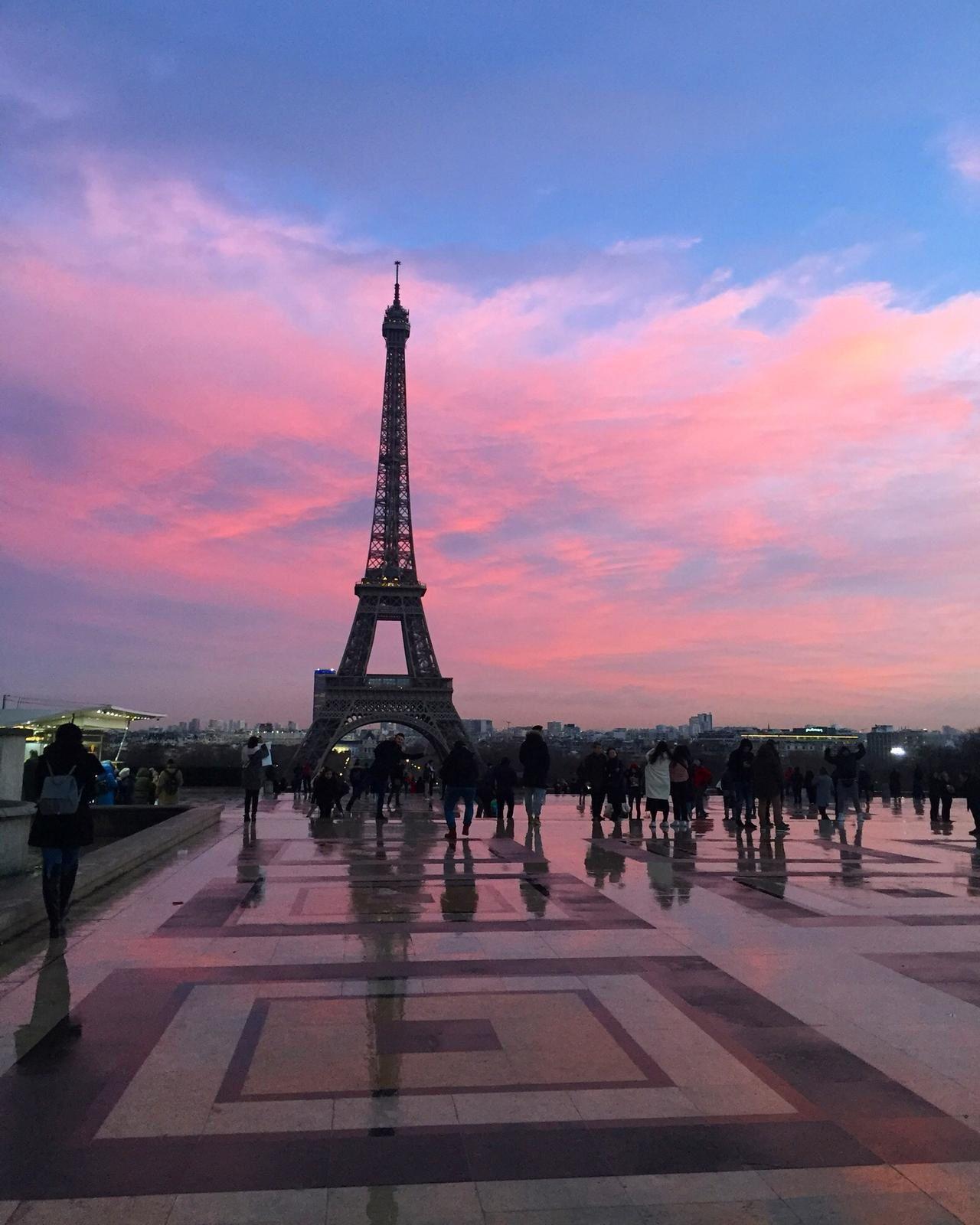 thème de Paris dans la littérature