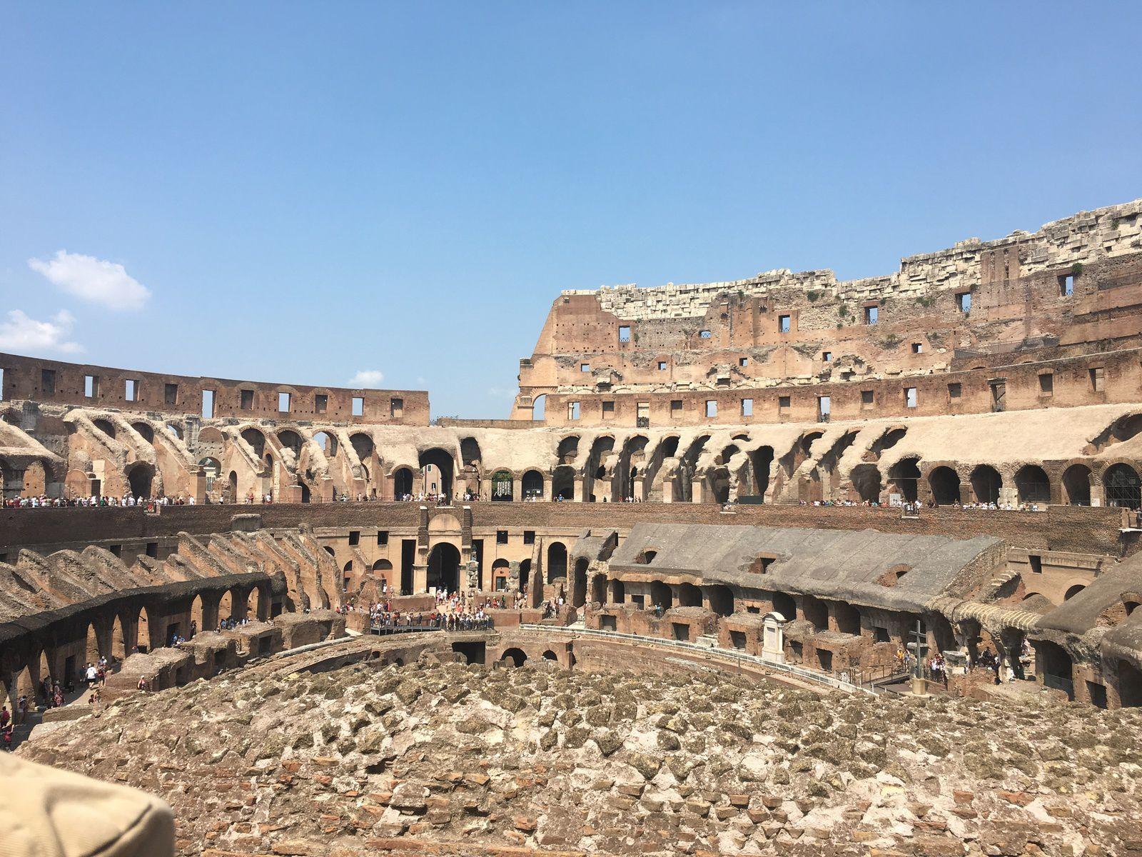 conception romaine du peuple, thème, livres, littérature