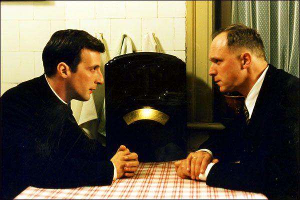 L'Ordre et la Morale Mathieu Kassovitz et Ulrich Tukur dans Amen.