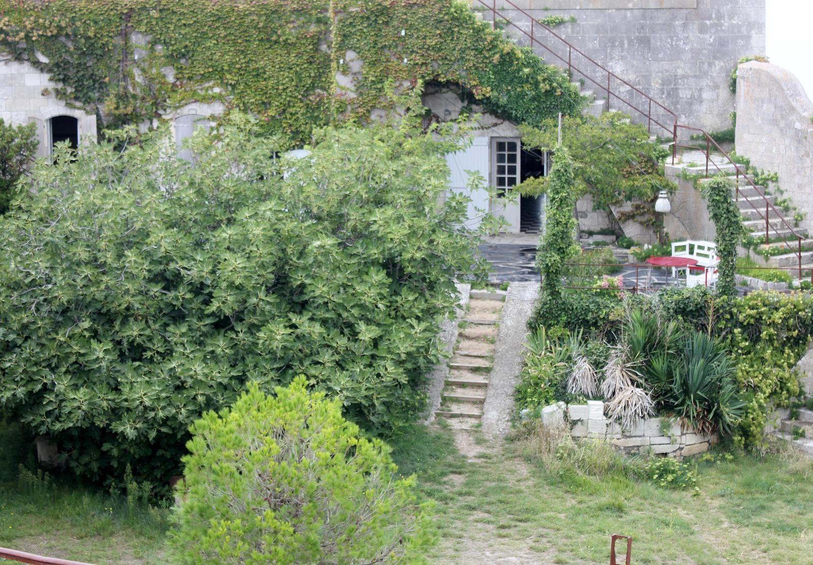Les chambres des officiers, aujourdhui résidence privée.