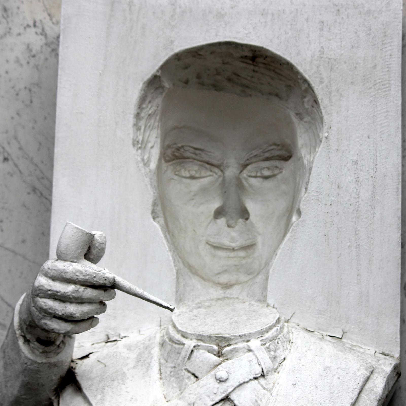 Guy Pitchal. Cimetière de Montmartre. Dalida.