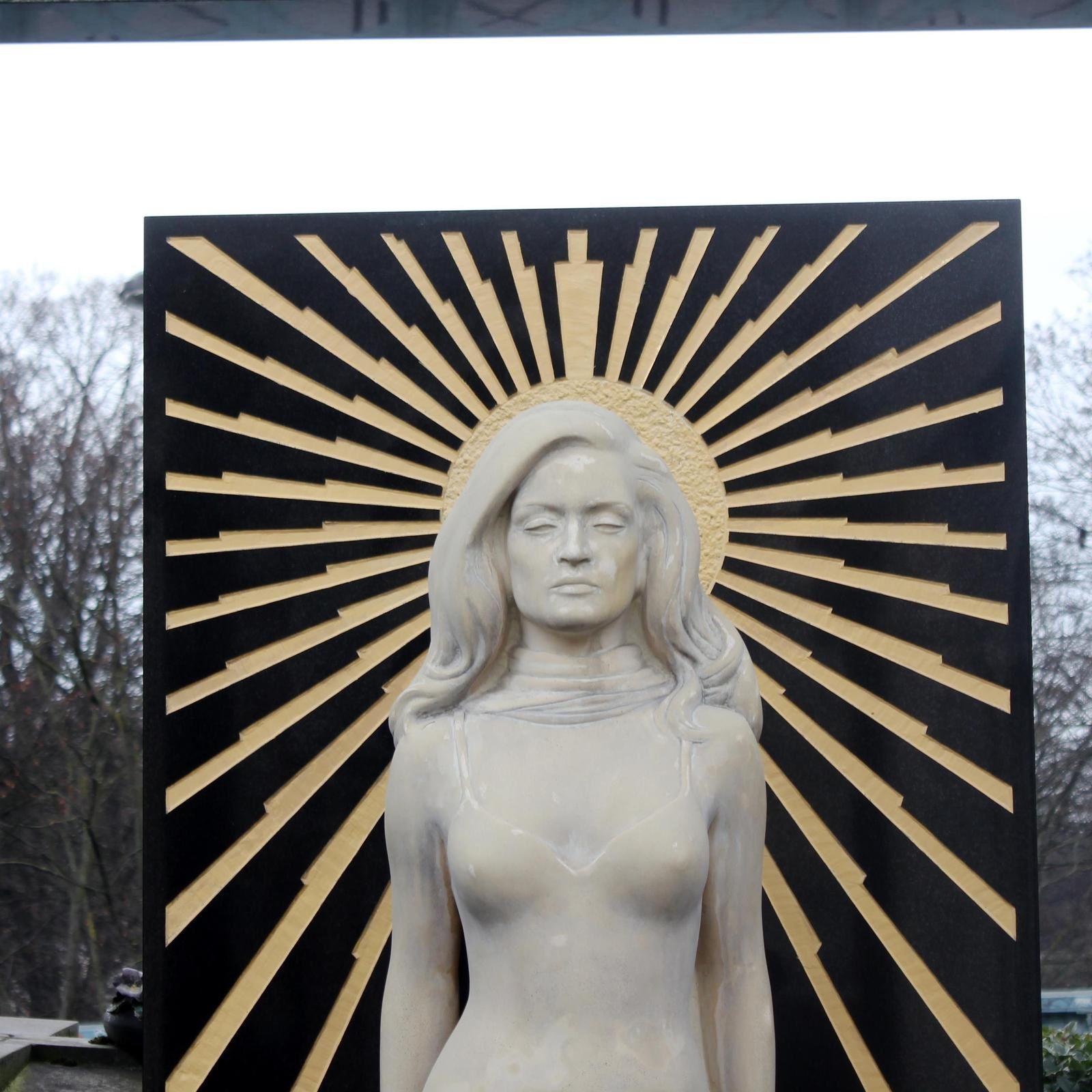 Cimetière Montmartre. Dalida.