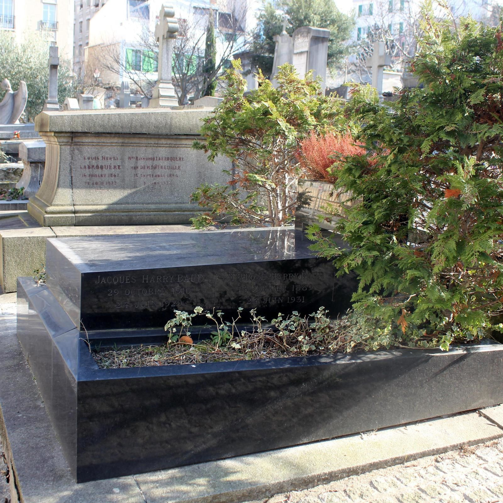 Tombe de Harry Baur (9ème division)