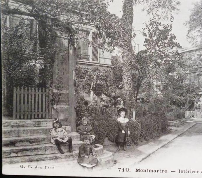 Le Château des Brouillards. Montmartre.