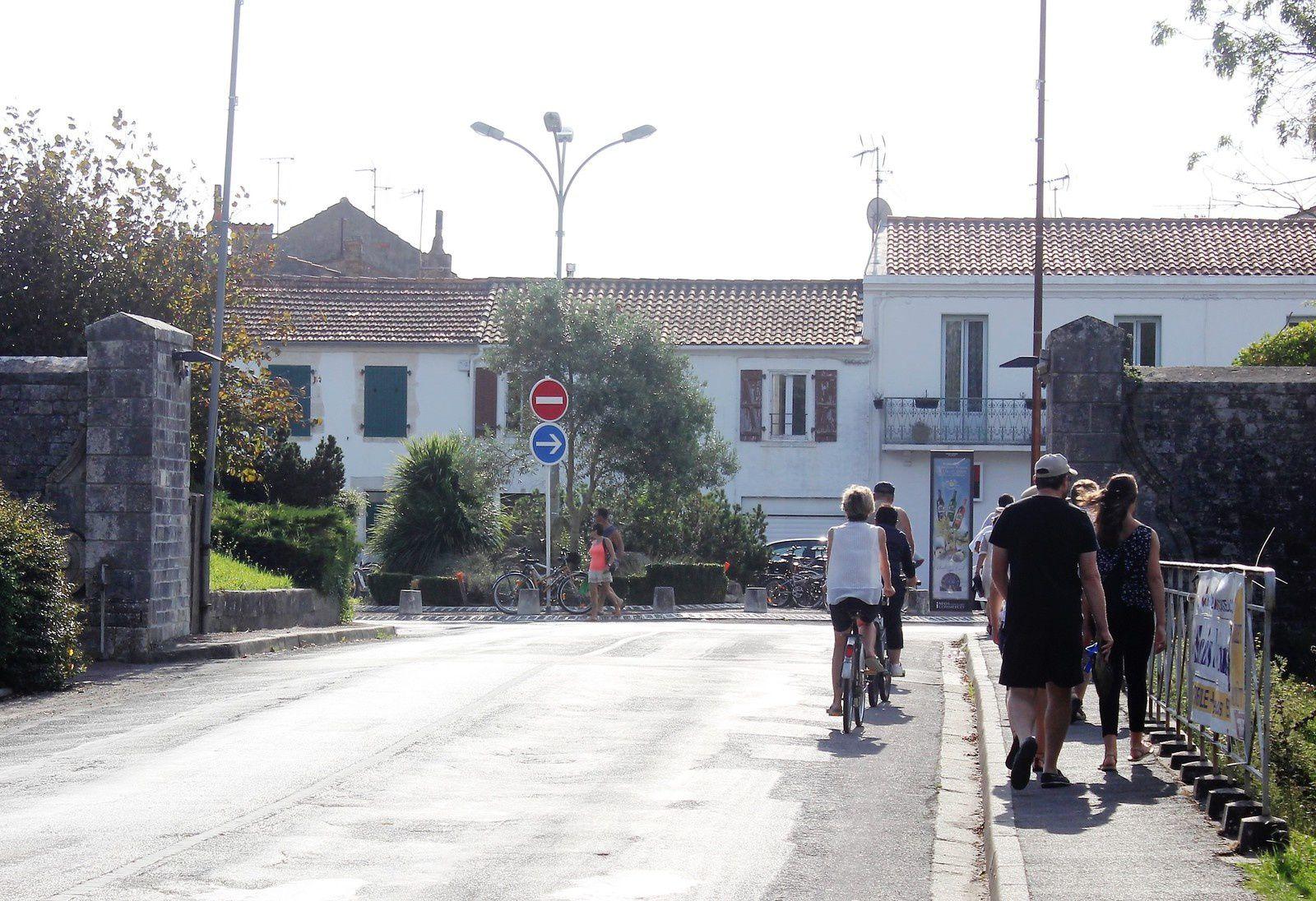 Porte de Dolus