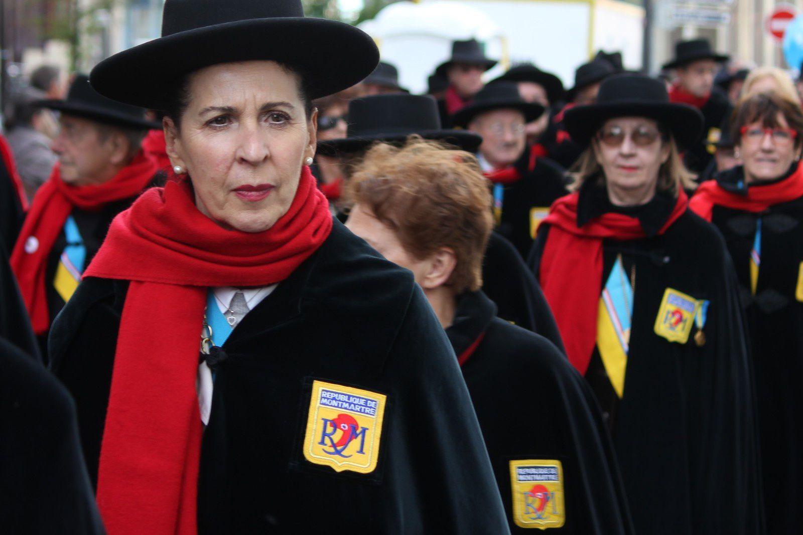 La république de Montmartre et son uniforme d'Aristide.
