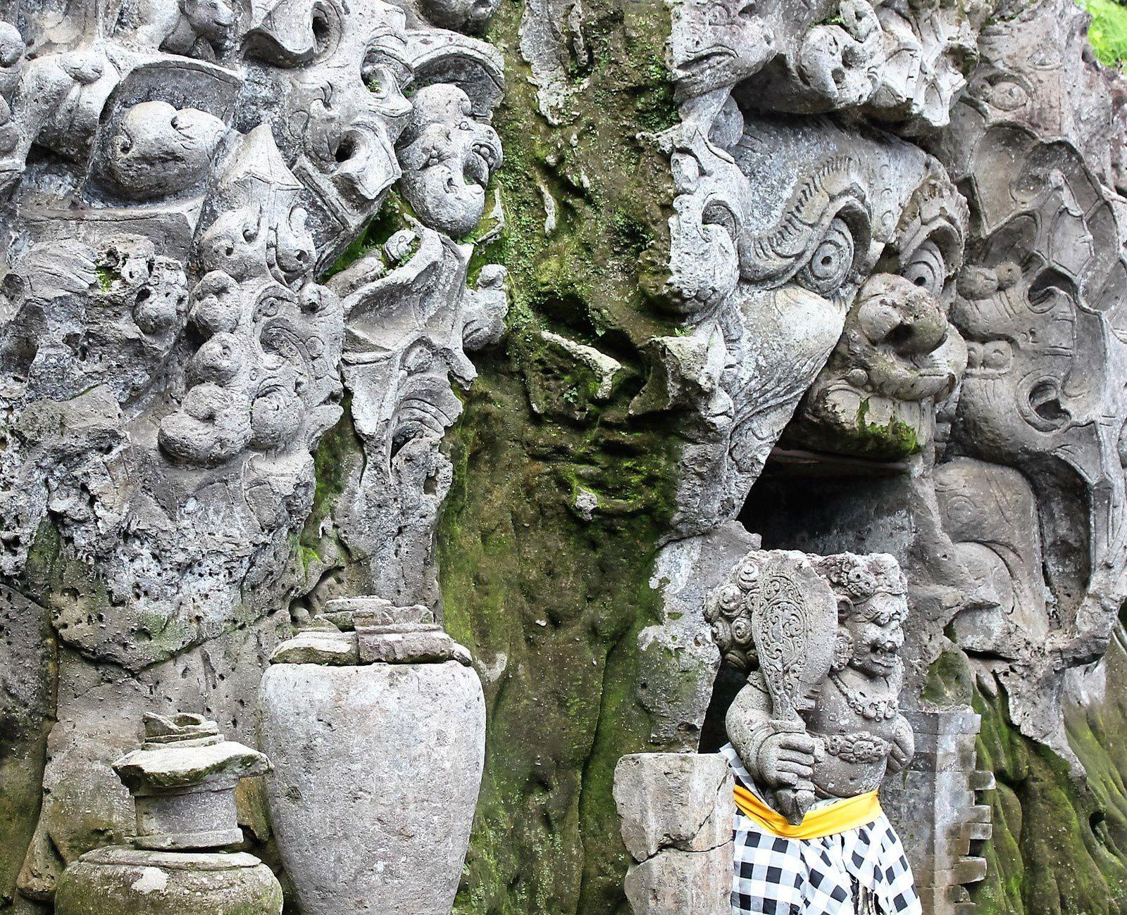 Bali. Goa Gajah. La Grotte de l'éléphant.