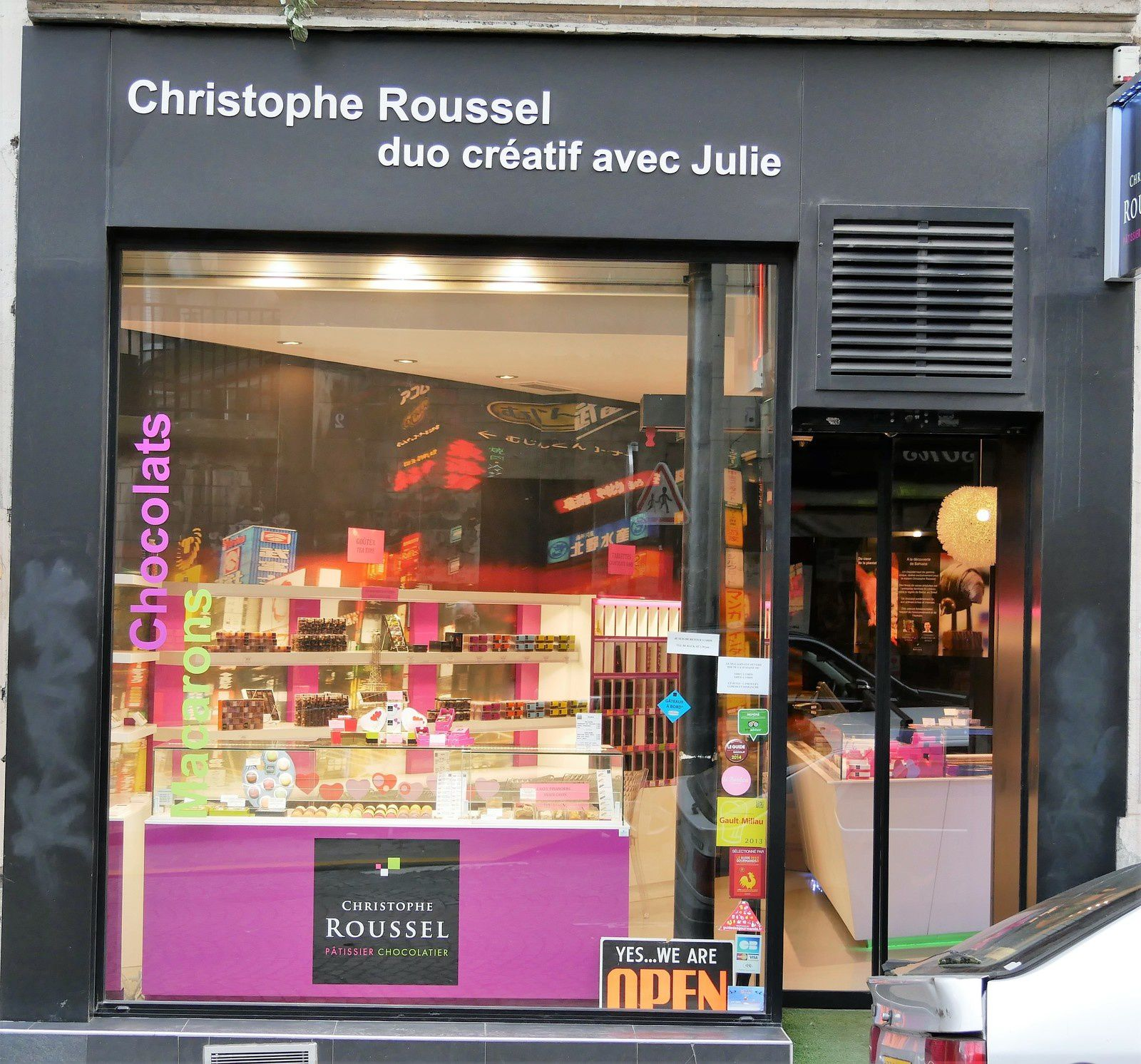 Le grand chocolatier du quartier : Christophe Roussel.
