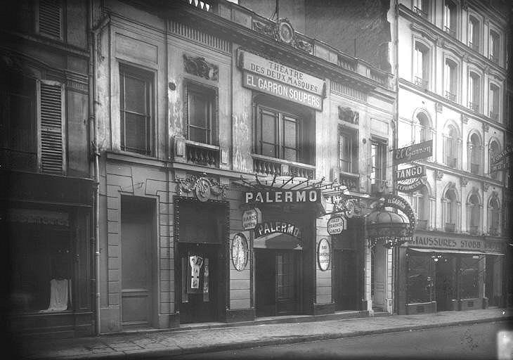 Le Théâtre des Deux Masques. 1906. 6 rue Fontaine.