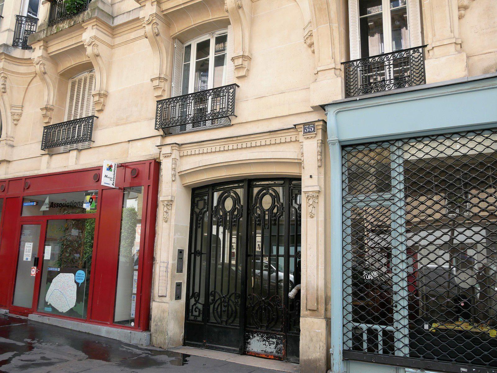Rue Victor Massé du 18 au 37. (2ème partie)