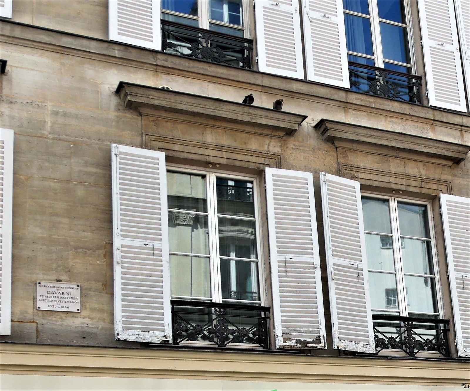 1 rue Fontaine.