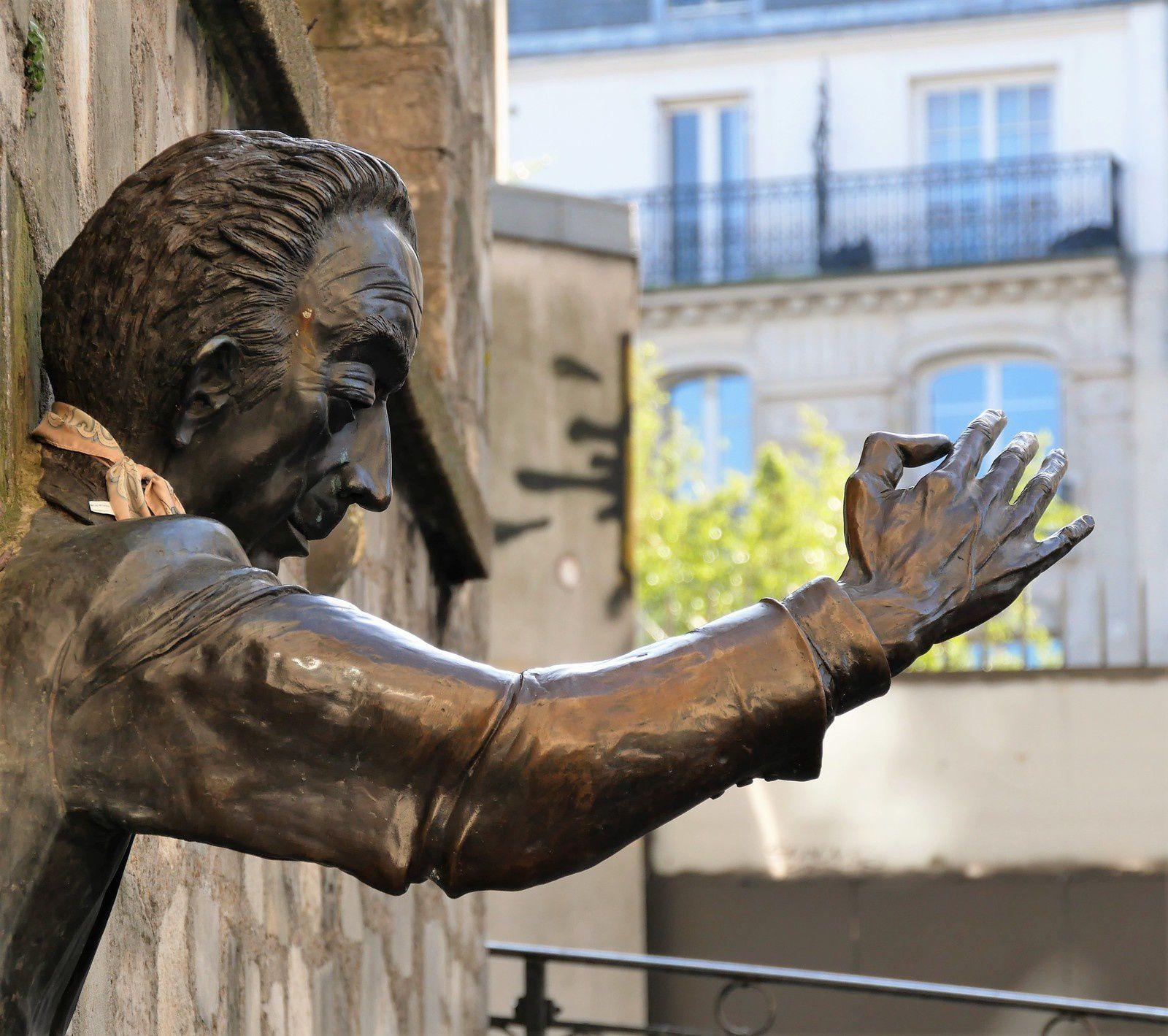 Montmartre. Visite idéale. Circuit de deux heures. Départ Métro Anvers, arrivée Place des Abbesses.