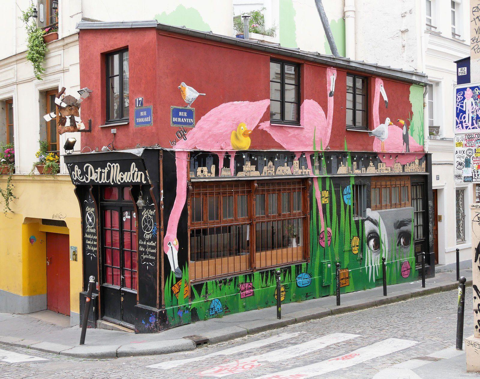 Le Petit Moulin. Rue Tholozé. OJI.