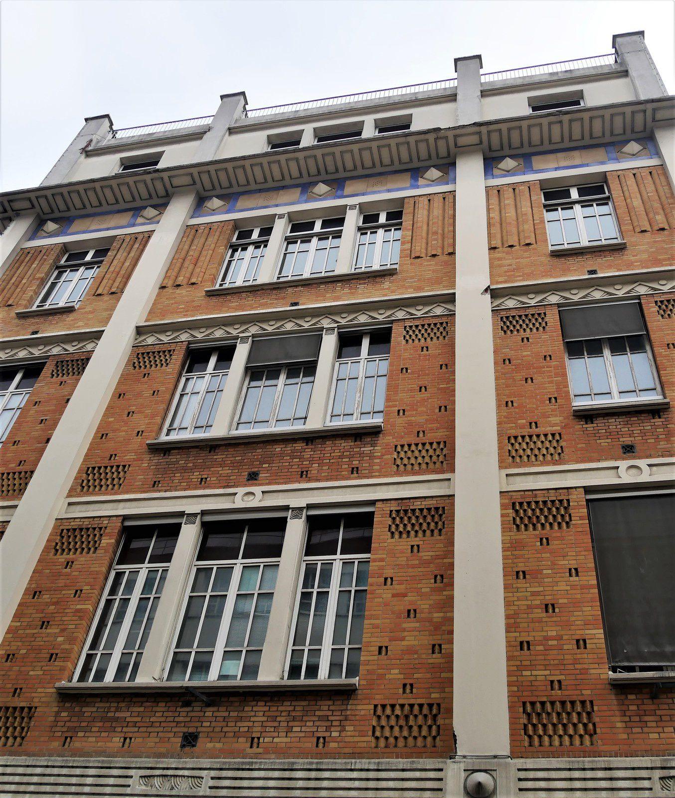 Rue de Navarin. Montmartre. Truffaut. Gautier.