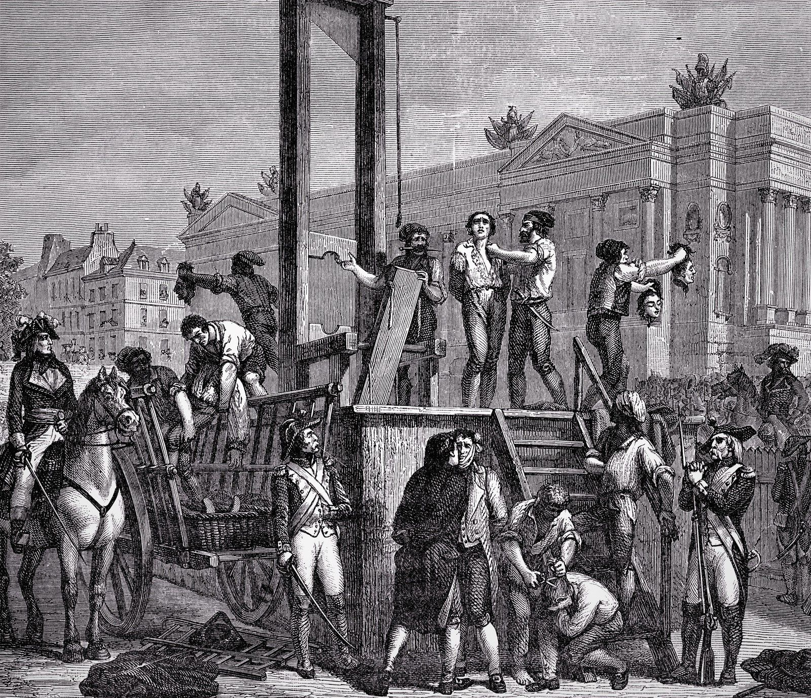 Guillotine. Robespierre.