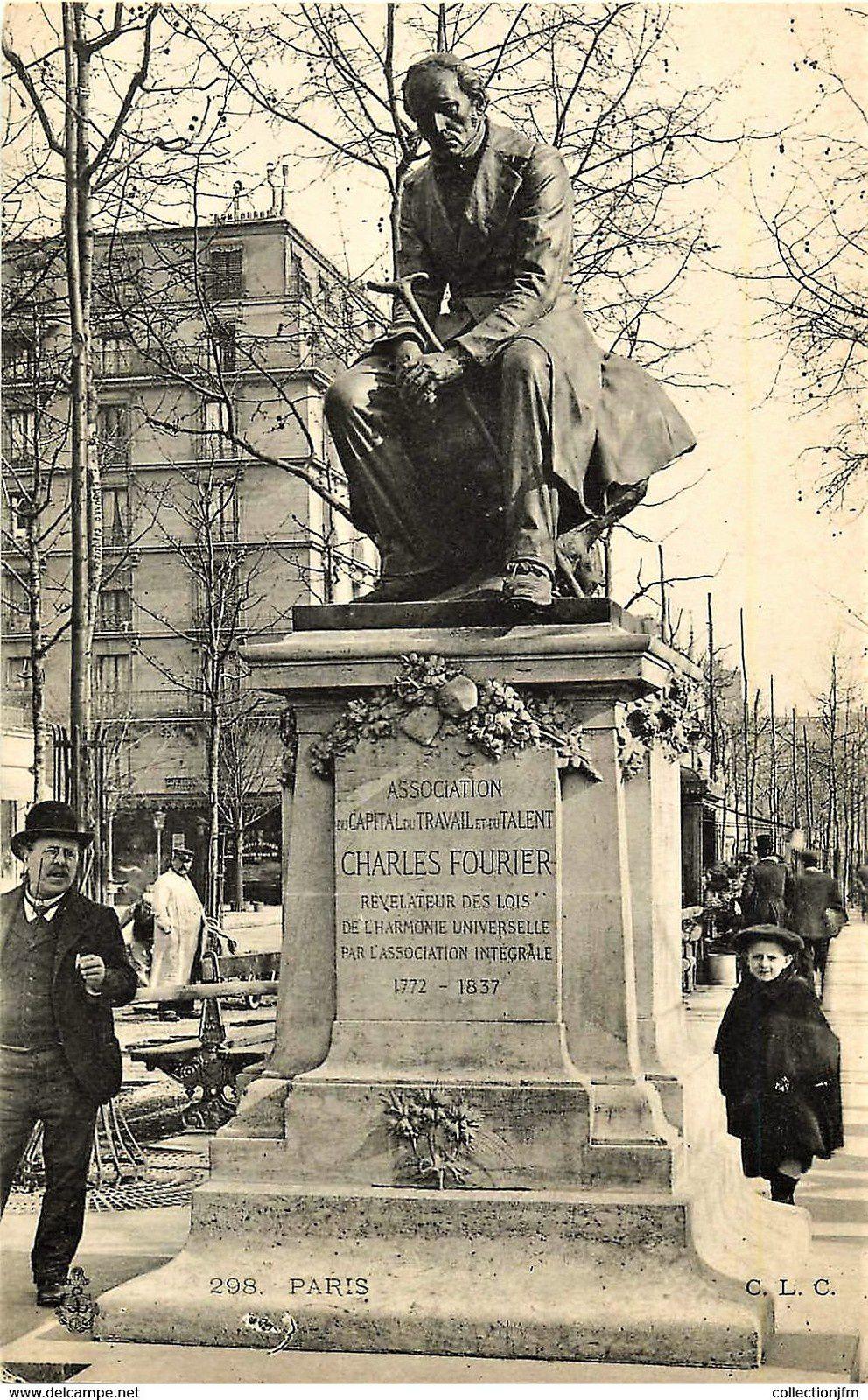 La statue de Fourier par Derré, boulevard de Clichy, fondue par le régime de Vichy .