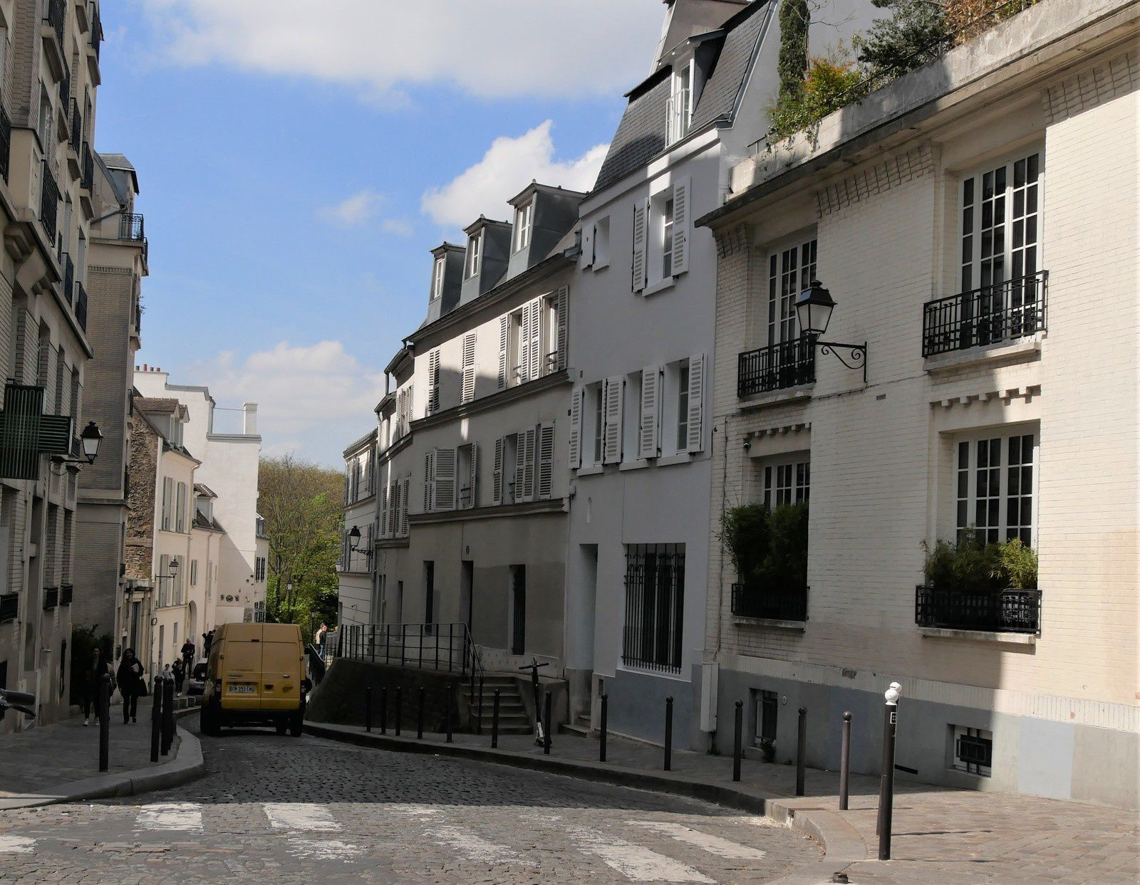 Rue Cortot.