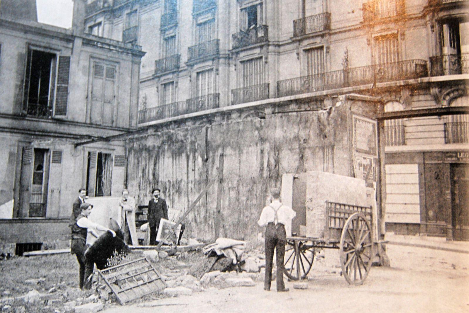 Rue du Delta. Montmartre. Paul Alexandre. Modigliani. François Appel...