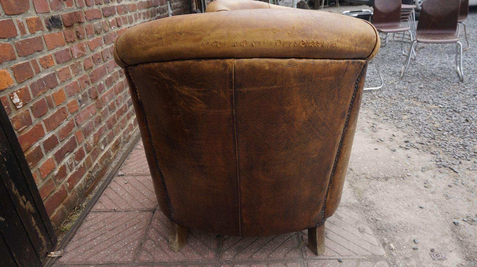 Fauteuil tonneau cuir(vendus)