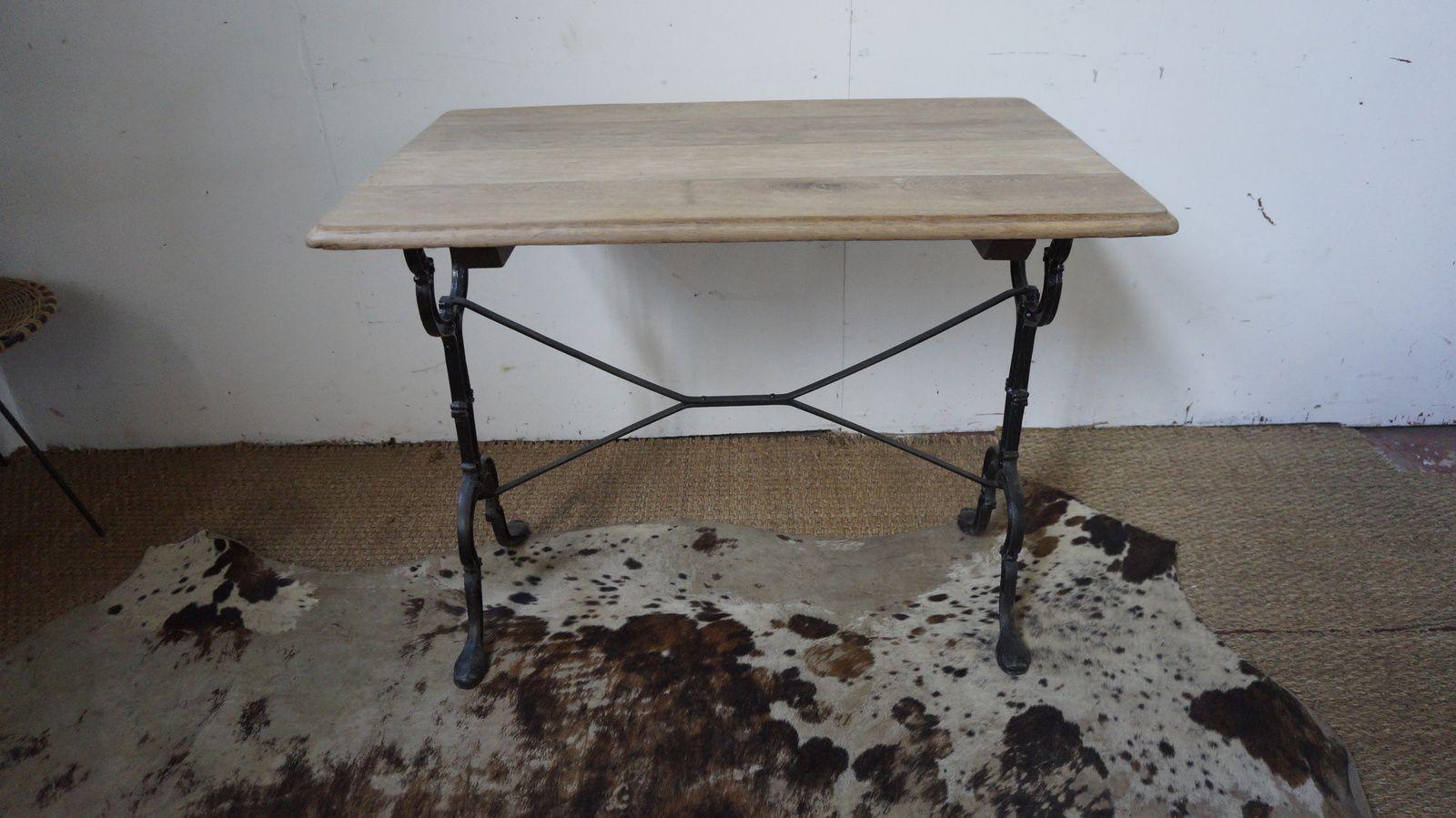 TABLE BISTROT  vendue