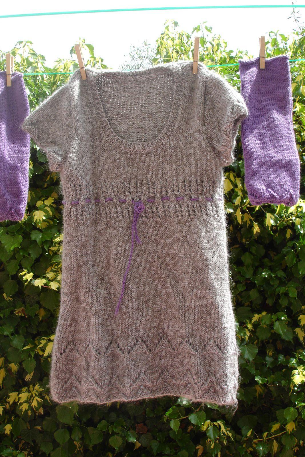 Robe et mitaines enfant au tricot