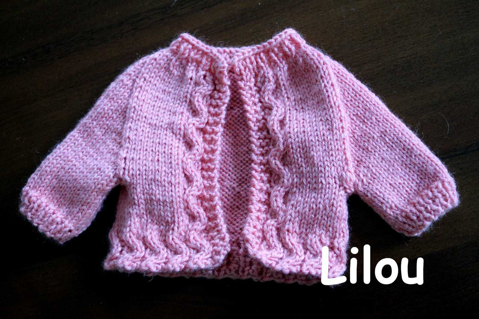 Gilet de poupée au tricot DIY modele tuto gratuit