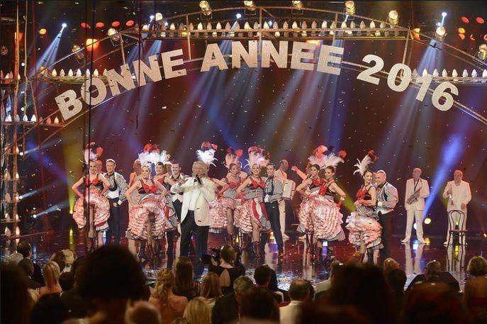 """Le Grand Cabaret sur son 31"" (© BARBEREAU Bernard/FTV)"