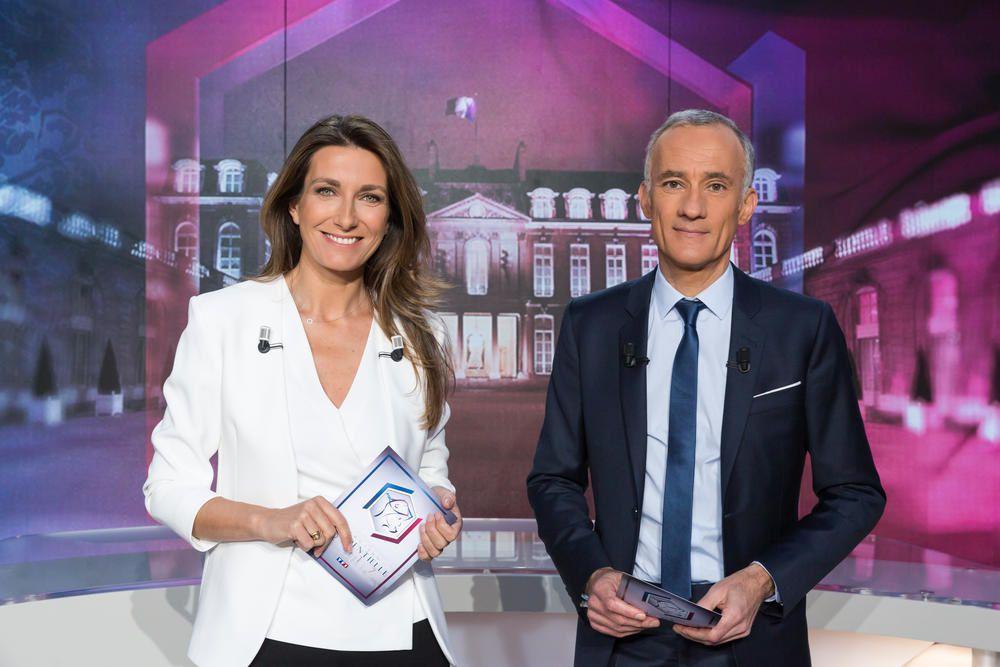 Gilles Bouleau et Anne-Claire Coudray (© Frédéric Berthet/TF1)