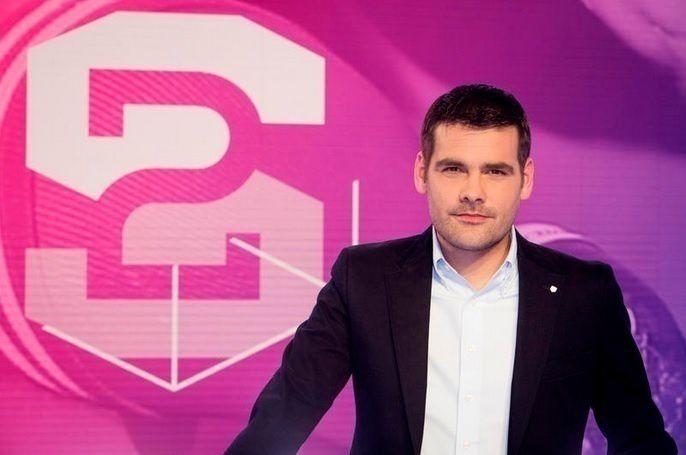 """Stade 2"" (© RUSSEIL Christophe / FTV)"