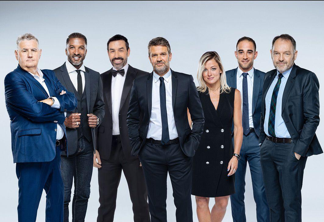 Pierre Ménès, Habib Beye, Robert Pires, Hervé Mathoux, Laure Boulleau, Paul Tchoukriel, Stéphane Guy (© Benjamin Decoin/CANAL+)