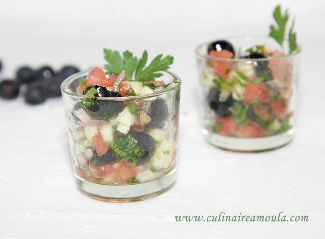 Salade de tomates-myrtilles