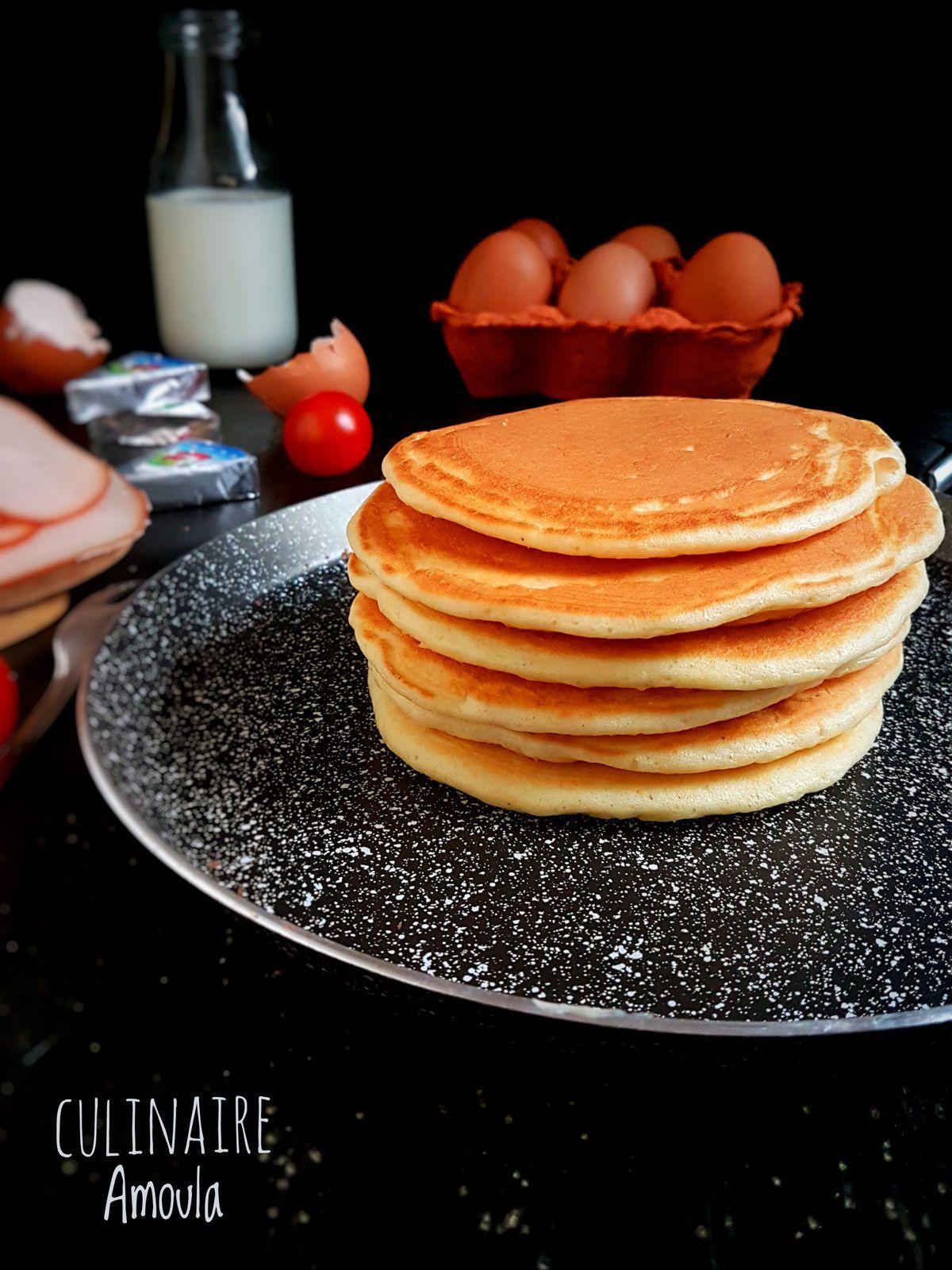 Pancakes à la vache qui rit et au jambon fumé