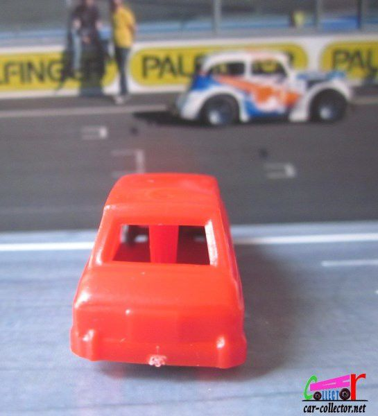 SIMCA 1100 ROUGE JOUEF 1/87 MADE IN FRANCE