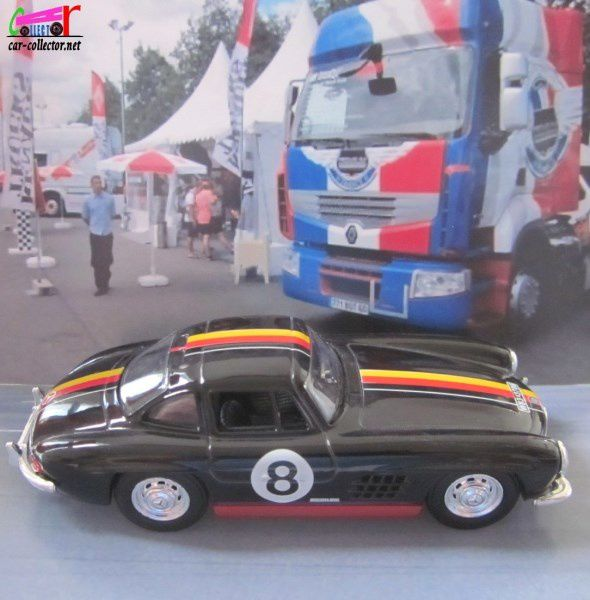 MERCEDES 300 SL WING DOOR SCHUCO 1/43