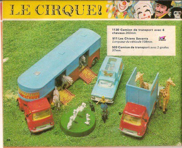 CATALOGUE CORGI 1971-72 EN FRANCAIS