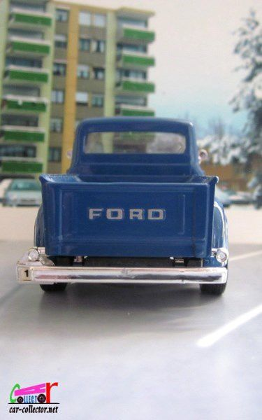 FASCICULE N°29 FORD F-100 PICK-UP 1953 ROAD SIGNATURE 1/43