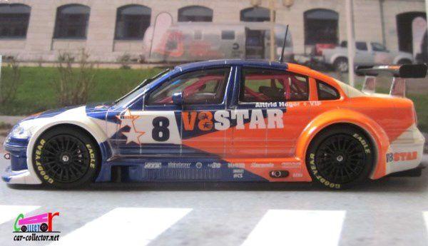 VOLKSWAGEN PASSAT V8 STAR 2002 HEGER SCHUCO 1/43