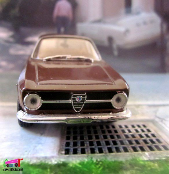 ALFA ROMEO 1300 JUNIOR COUPE 1969 SOLIDO 1/43