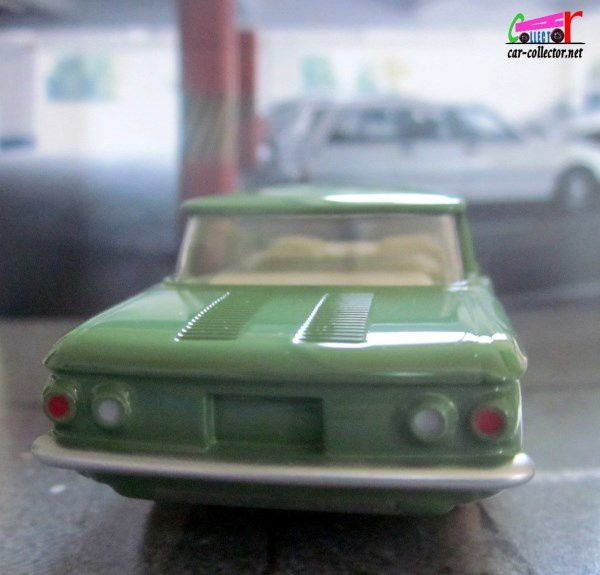 CHEVROLET CORVAIR DINKY TOYS REEDITION ATLAS 1/43
