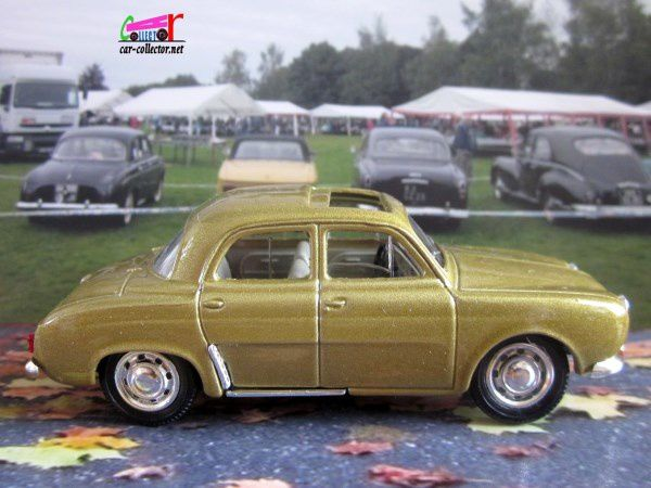 RENAULT DAUPHINE TOIT OUVRANT 1961 SOLIDO 1/43