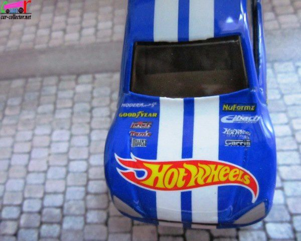 FORD FOCUS DRAGSTER TUNING HOT WHEELS 1/64