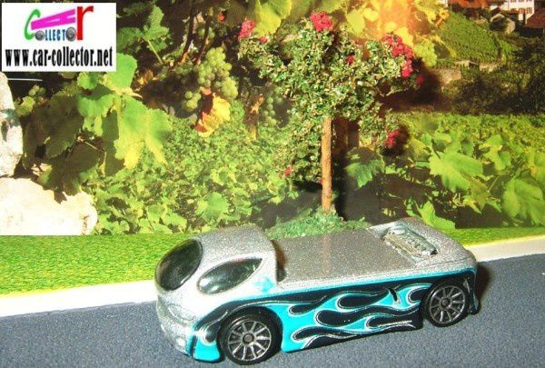 DODGE DEORA II HOT WHEELS 1/64 AVEC ET SANS PLANCHES DE SURF
