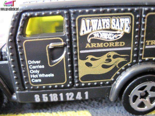 ARMORED TRUCK ARMORED CAR HOT WHEELS 1/64 BLINDE TRANSPORT DE FONDS