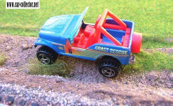 TRAILBUSTER JEEP CJ-7 ROLL PATROL HOT WHEELS 1/64 - CJ7