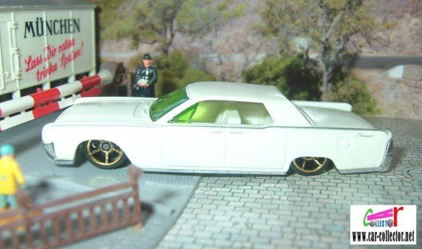 64 LINCOLN CONTINENTAL HOT WHEELS 1/64