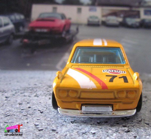 71 DATSUN BLUEBIRD 510 WAGON HOT WHEELS 1/64