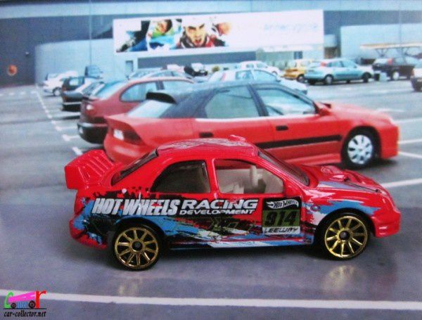 SUBARU IMPREZA WRX HOT WHEELS 1/64