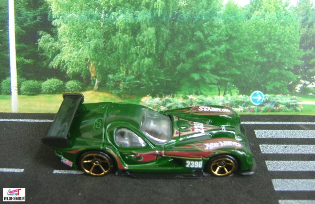 PANOZ GTR-1 HOT WHEELS 1/64 GTR1